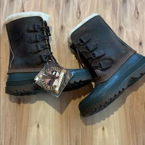 Women's Kamik winter boots, all leather, SZ 5